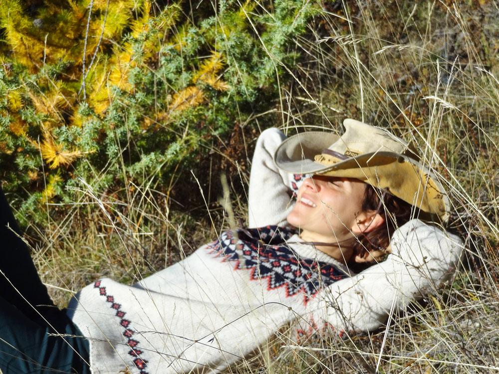sieste du cowboy à la montagne, pull primark