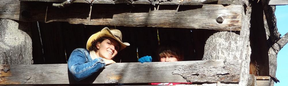 jeux de gosses en cabane de montagne