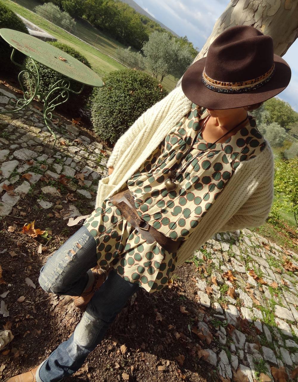 style hobochic et bohême Hipanema chapeau