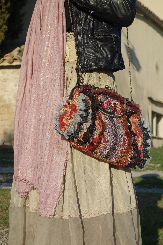 sac baroque chic pour tenue de fête
