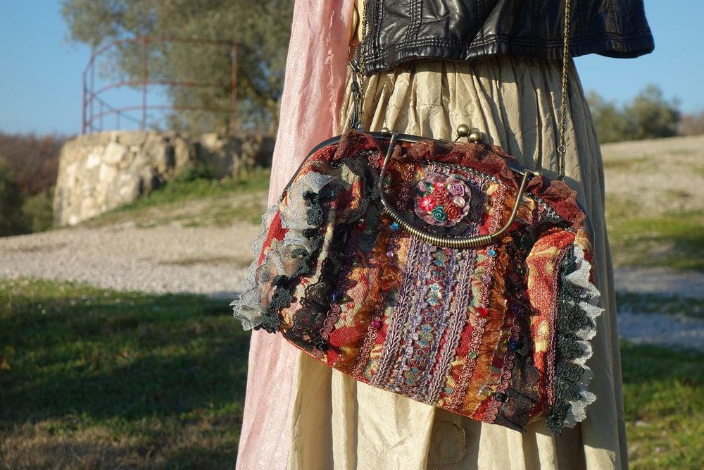 sac à main dentelles et froufrous vintage baroque