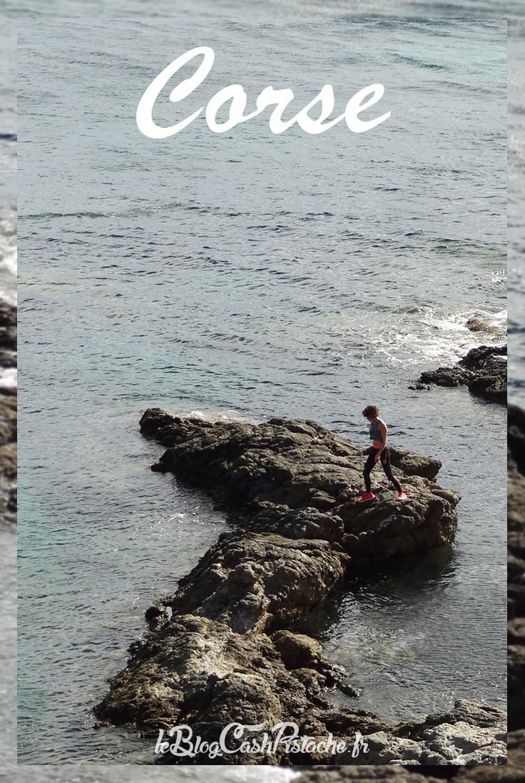 corse trail en bord de mer