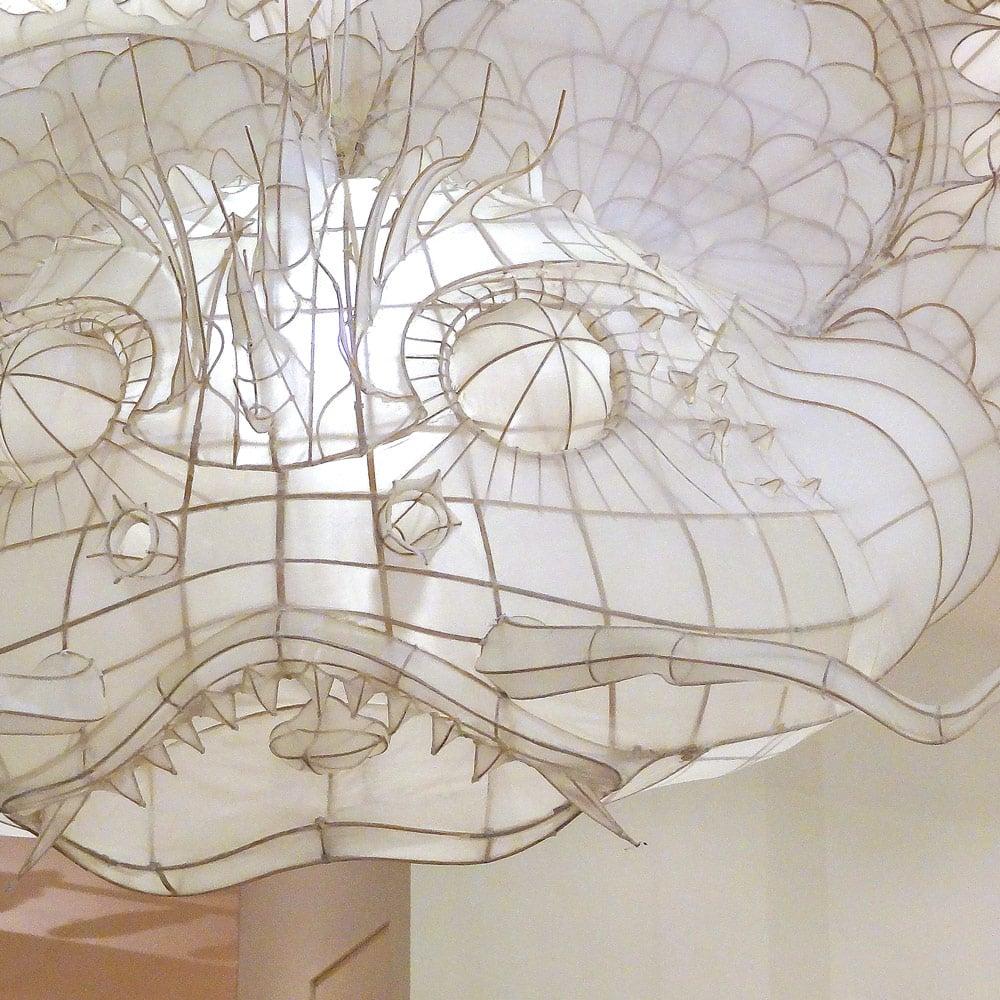 des cerfs volants de Ai Weiwei au Bon Marché de Paris
