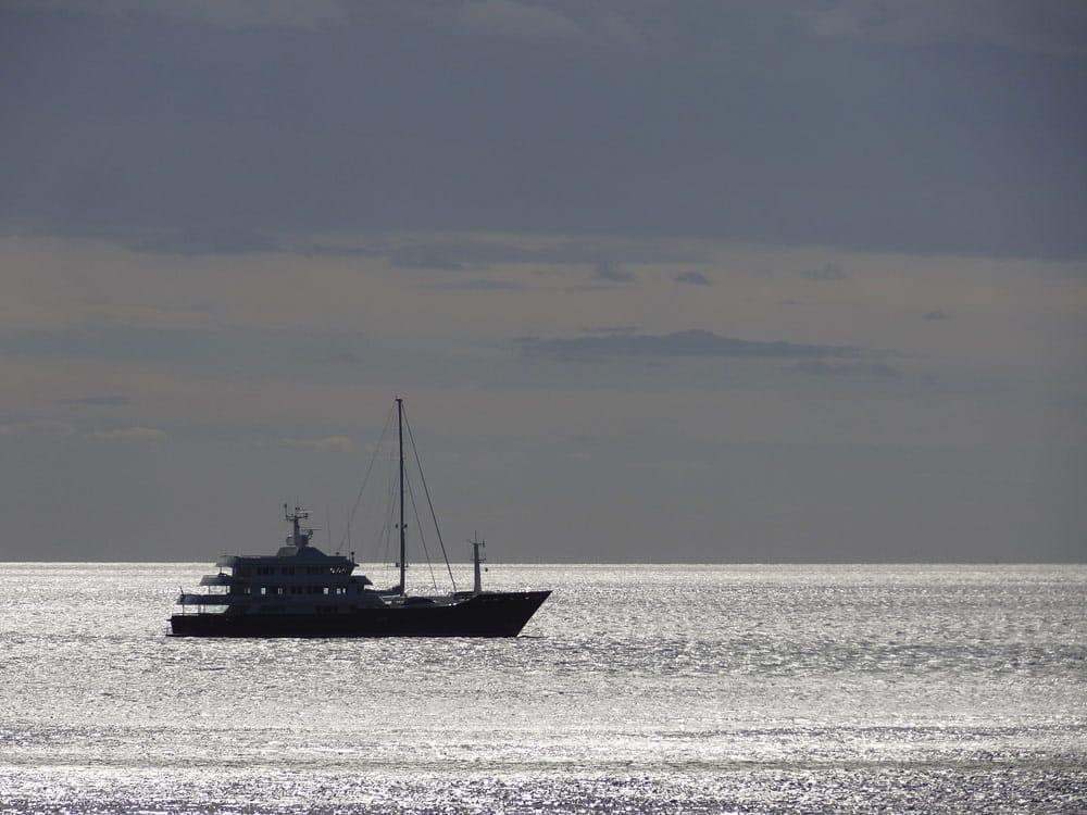 photos exceptionnelles de corse bateau mer argent
