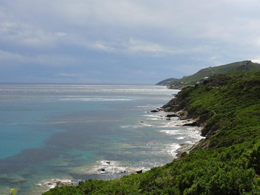 plus beau panorama du cap corse trail en bord de mer