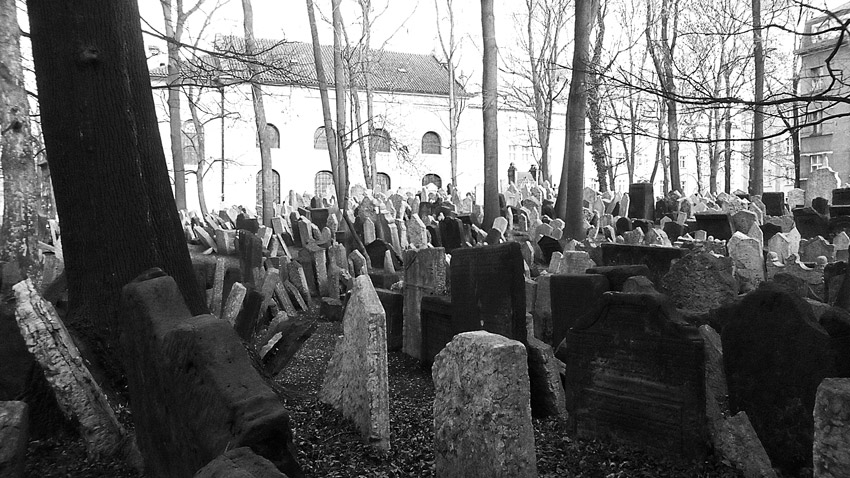 réussir son voyage à Prague incontournable cimetière juif
