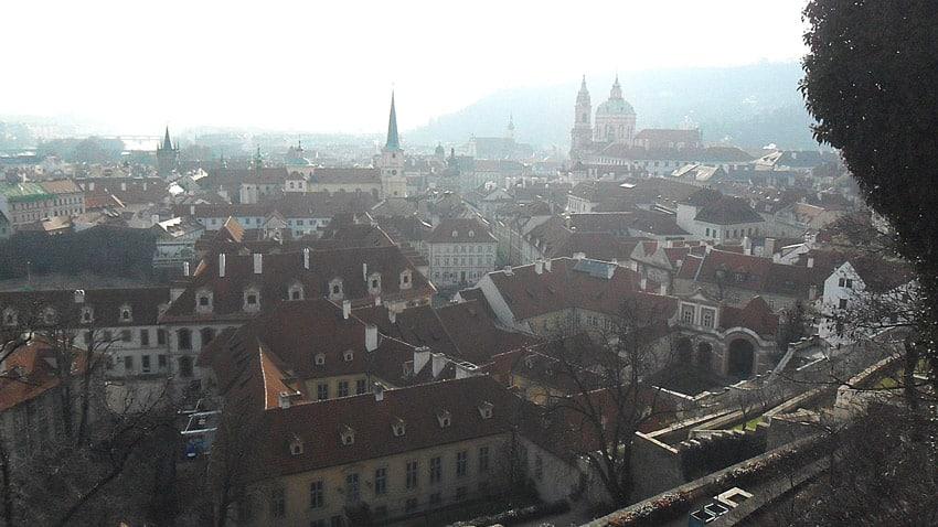 Mala Strana vue sur les toits de Prague de Petrin