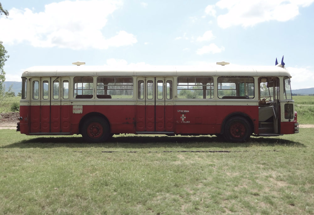 bus vintage festival de trets