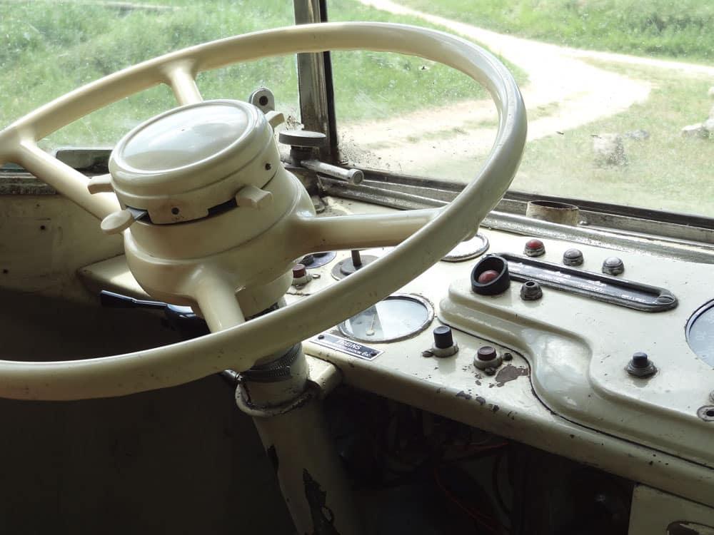 vehicules anciens bus vintage festival