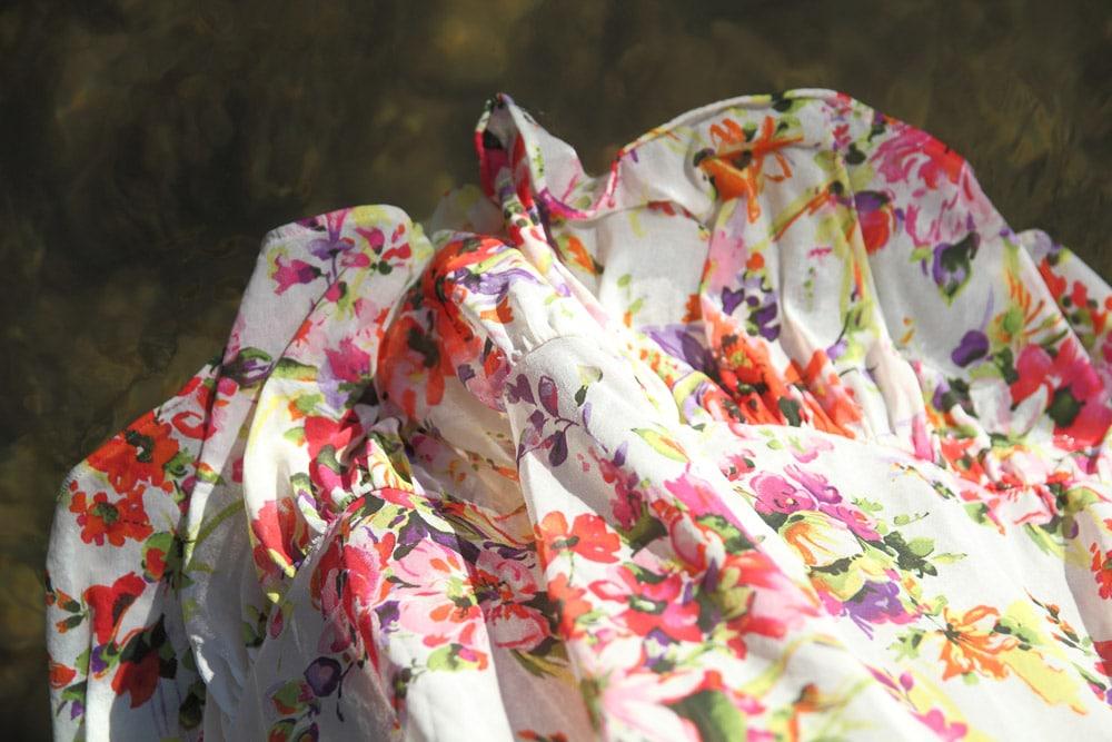 motif robe fleurie printemps coachella