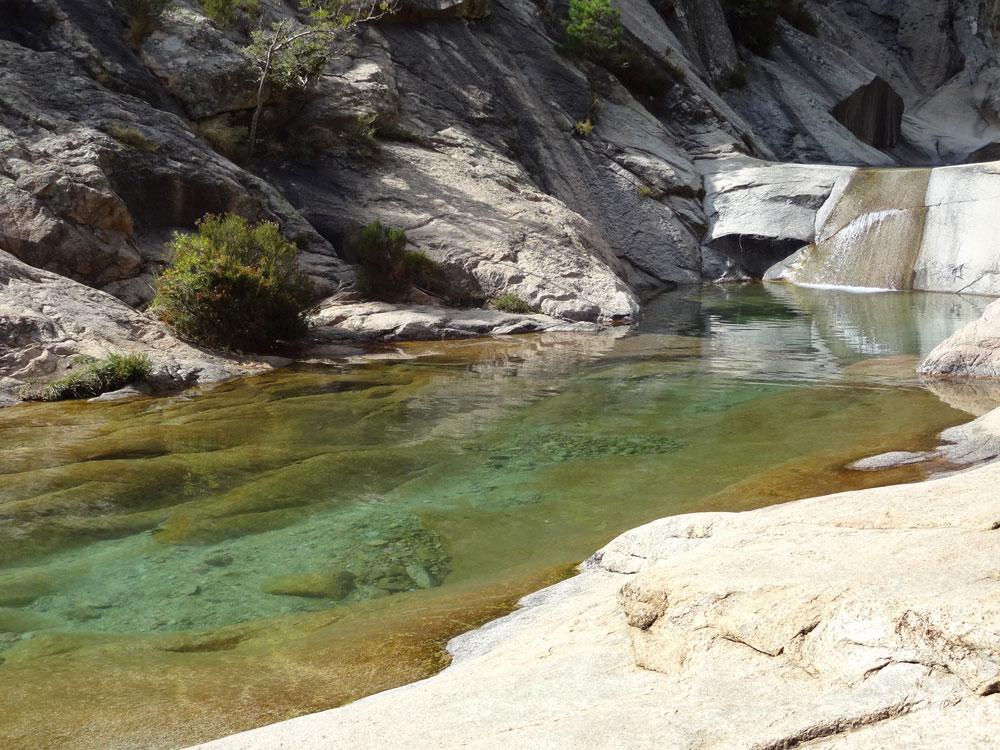 vasques et cascades de bavella canyoning