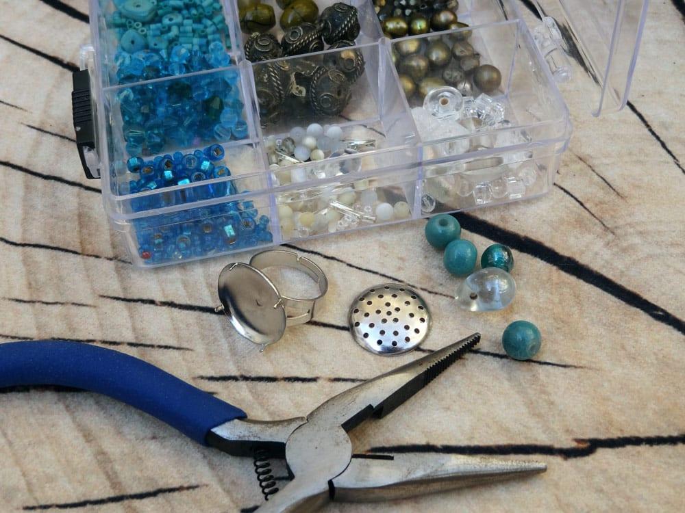 materiel-pour-fabriquer-bague-diy-fetes