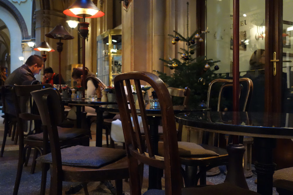 passage-ferstel-cafe-viennois-marches-de-noel-vienne