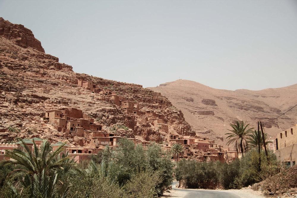 voyage-tafraoute-sud-gorges-ait-mansour-village-berbere