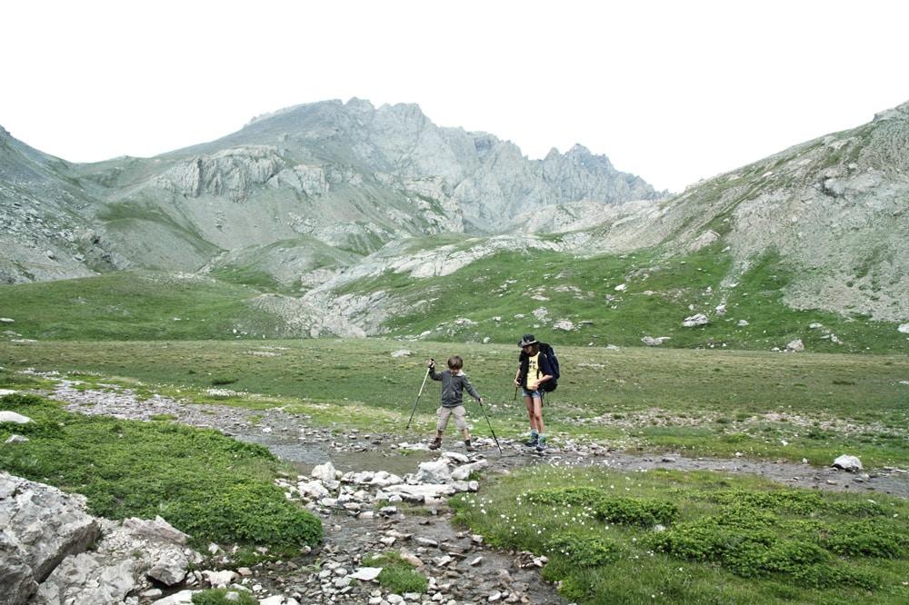 lac en dessous du refuge du Chambeyron Alpes