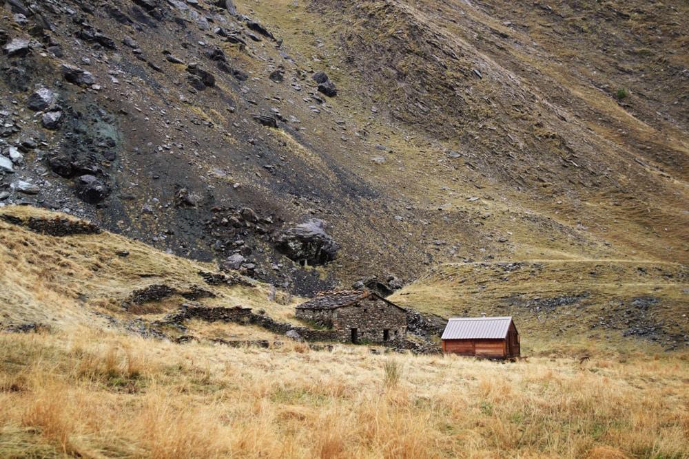 Randonnée en France insolite bergerie de Blave