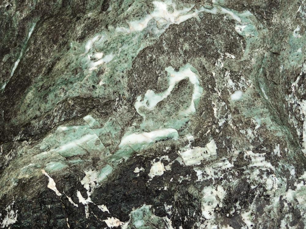 roche de l'ubaye au plan du Parouart