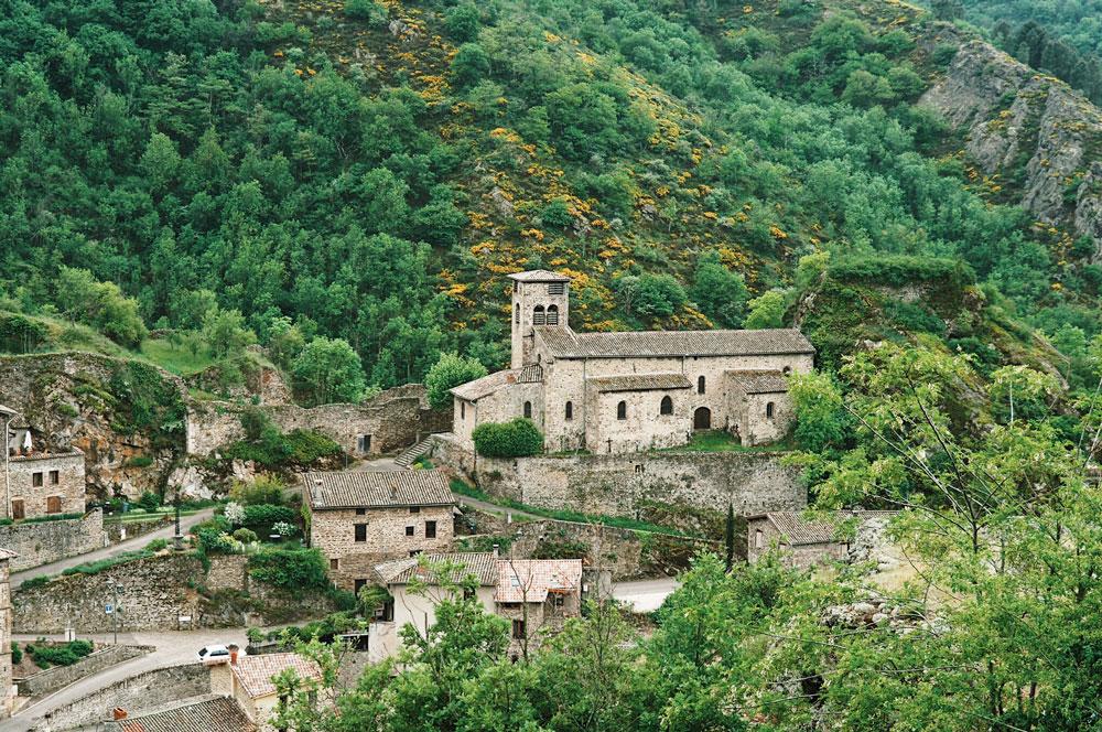 panorama sur Malleval village Pilat Rhodanien