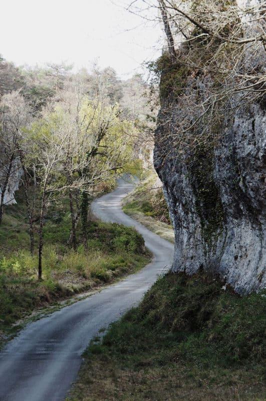 Que visiter vers Millau site naturel loisirs