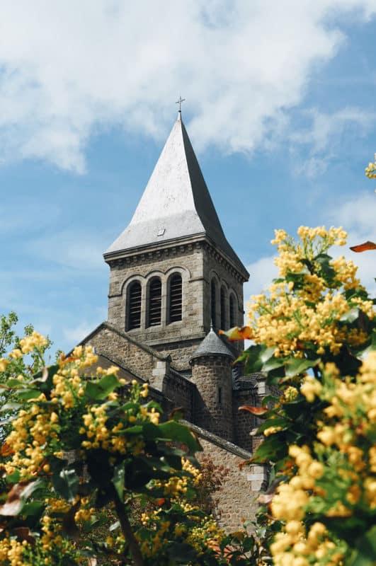 église de Saint Régis du Coin Parc du Pilat Loire