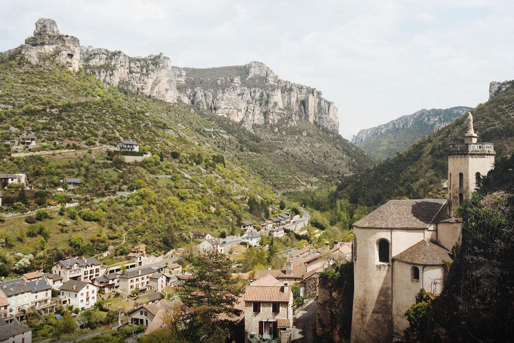 Villages autour de Millau Causse Noir