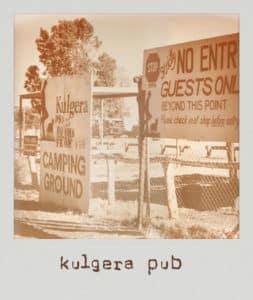 Kulgera Pub road trip Australie