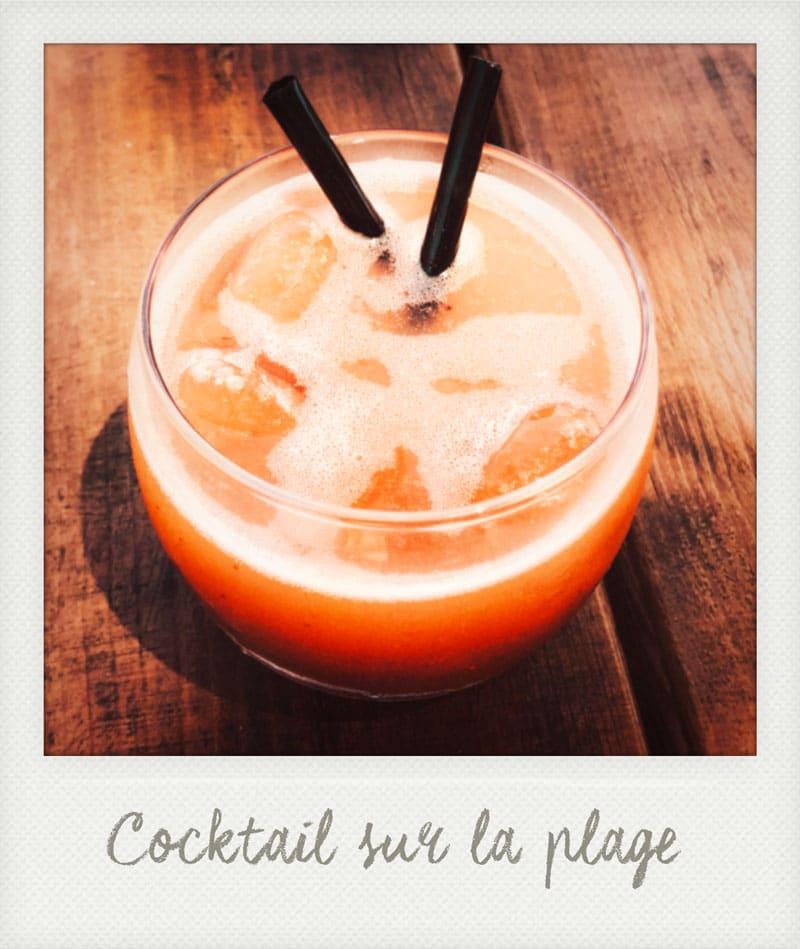 boire un verre sur plage de la Réunion