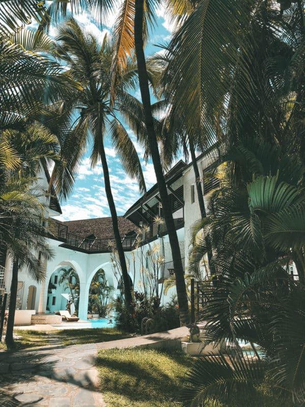 hôtel Réunion avec plage et piscine St Gilles