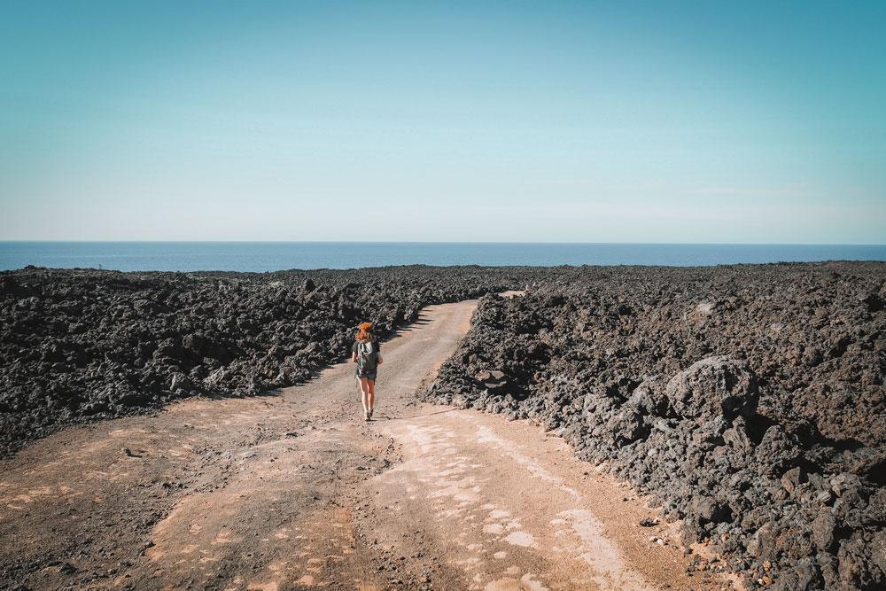 Lanzarote hors sentiers battus mer de lave