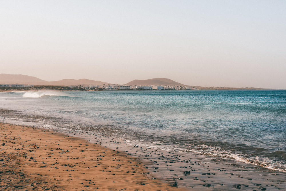 plage Famara port de pêcheurs Lanzarote