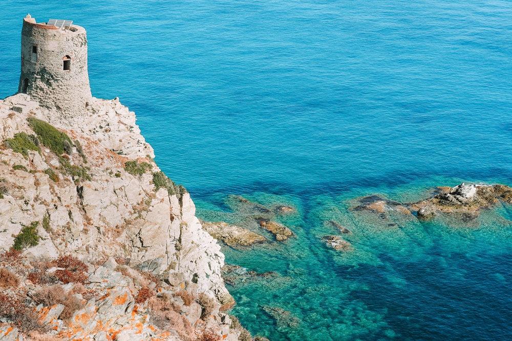 comment accèder plage Barcaggio par bord de mer