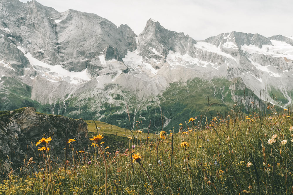 où voir Doline en France Alpes montagne