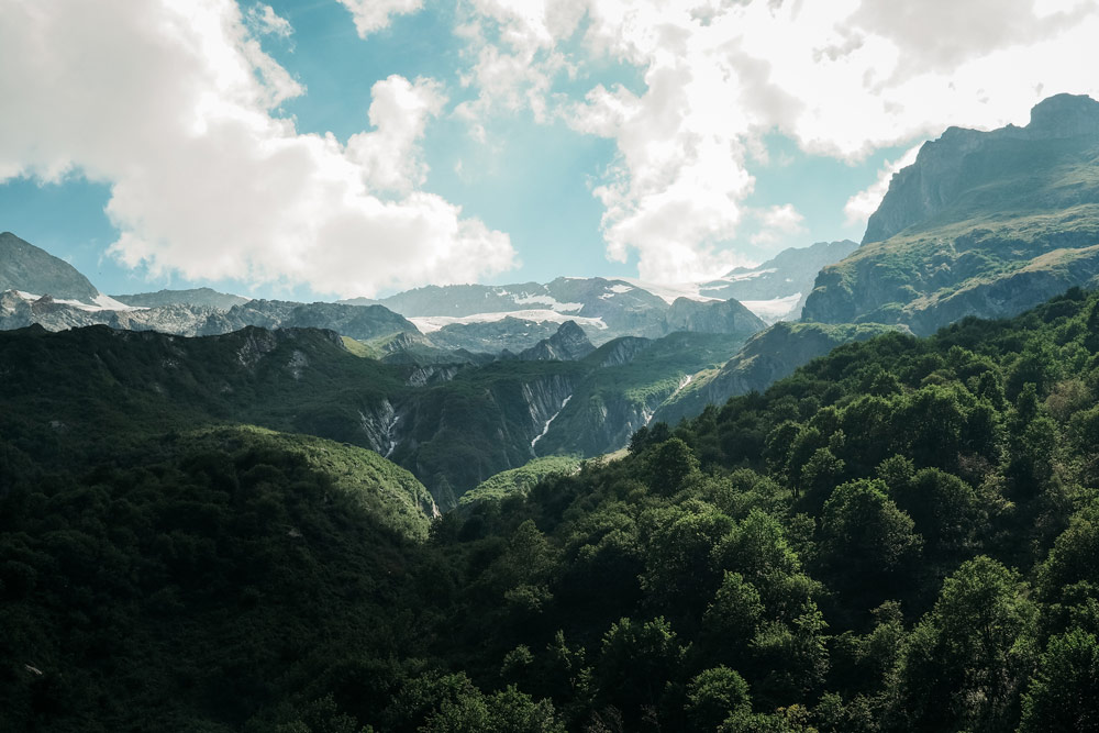 randonnée spectaculaire sous les glaciers Vanoise Lac Échines