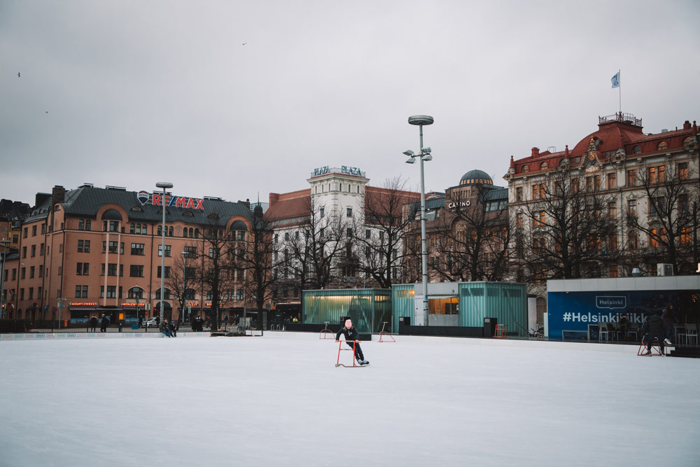 activités en voyage patinoire Helsinki