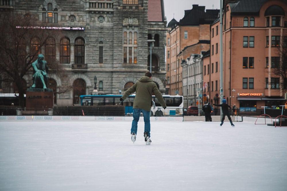faire du patin à glace Helsinki insolite