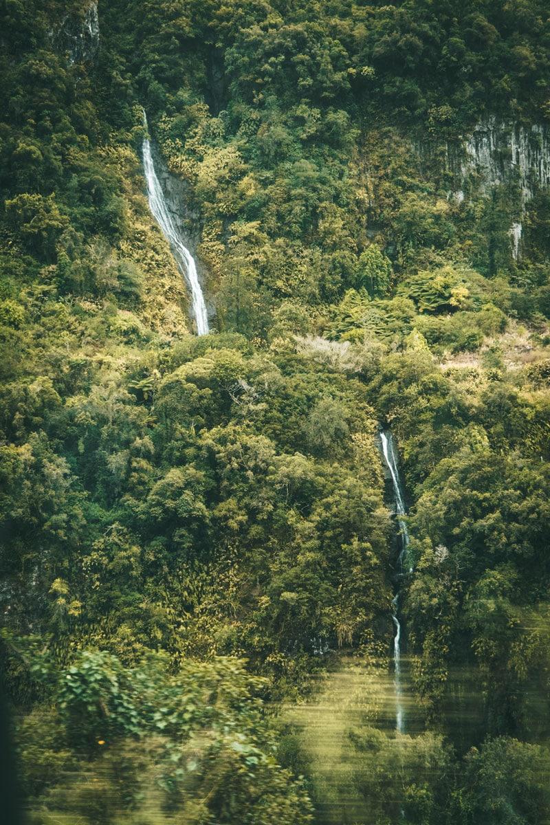 voir cascades sur route Salazie Hell Bourg