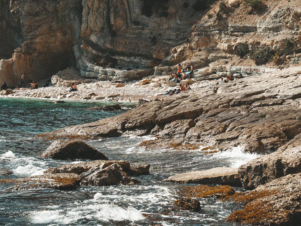 accès aux Calanques de Marseille à pied