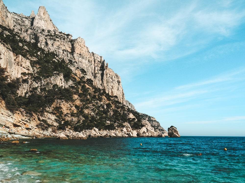 plage des pierres tombées Calanques Marseille