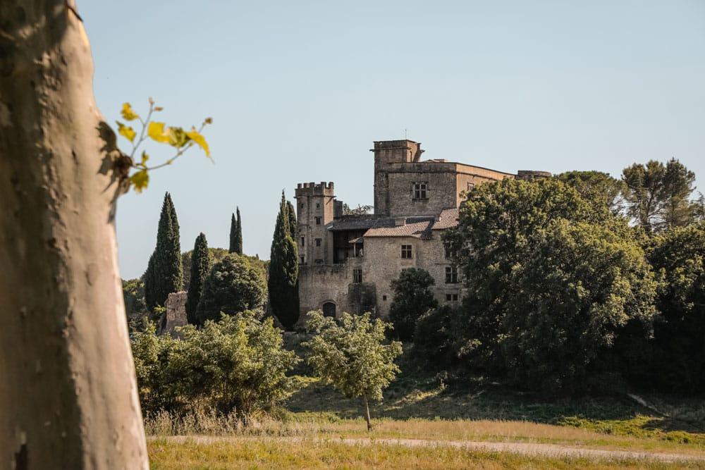 faire les châteaux du Luberon Lourmarin