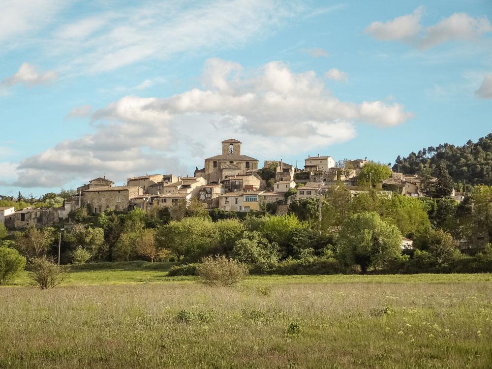 visiter les villages authentiques du Luberon Beaumont-de-Pertuis