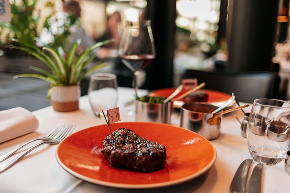 manger la meilleure viande de geneve restaurant Chez Philippe