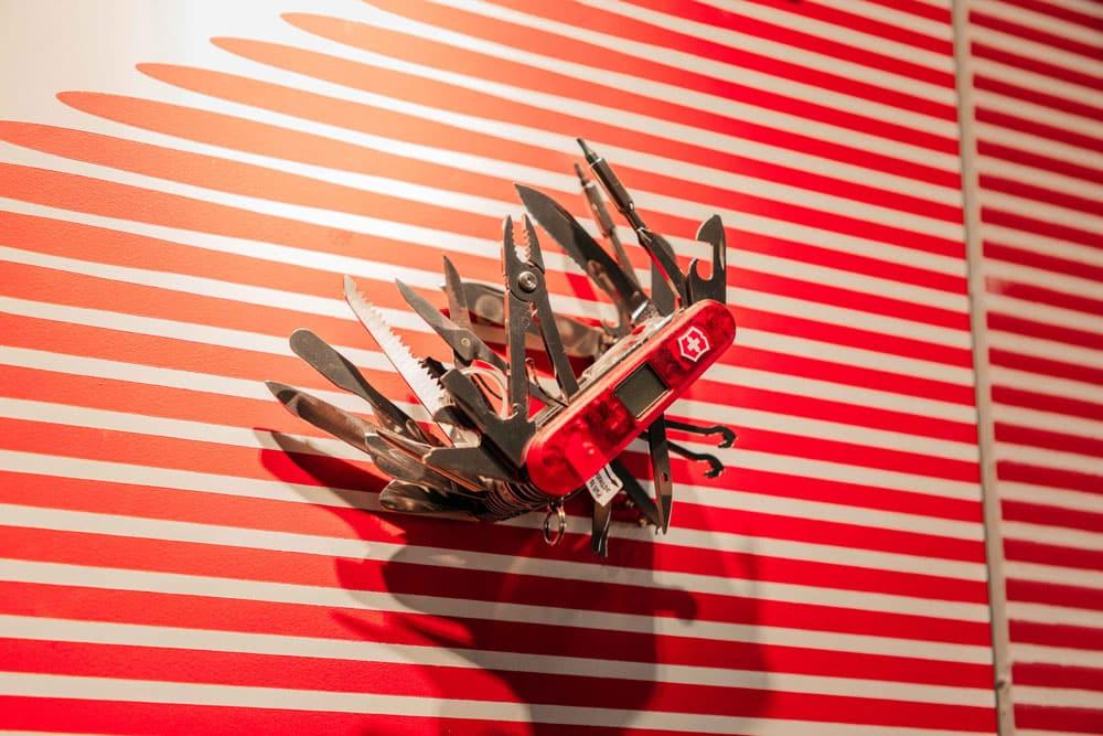 où acheter couteau suisse Genève ?