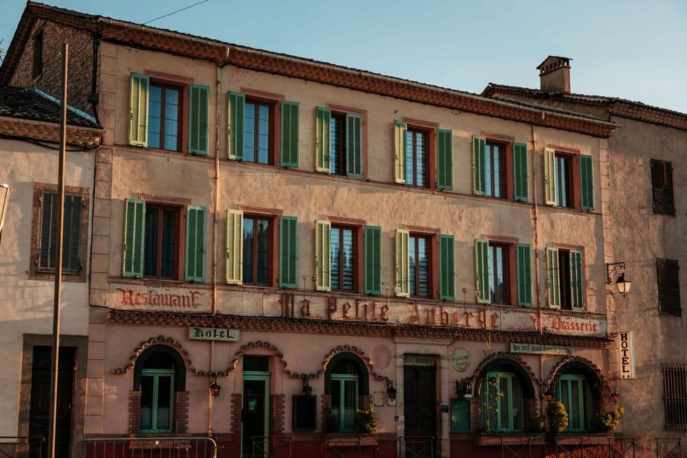 quel hôtel Castellane petite auberge