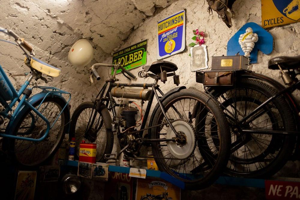 visiter Entrevaux musée de la moto
