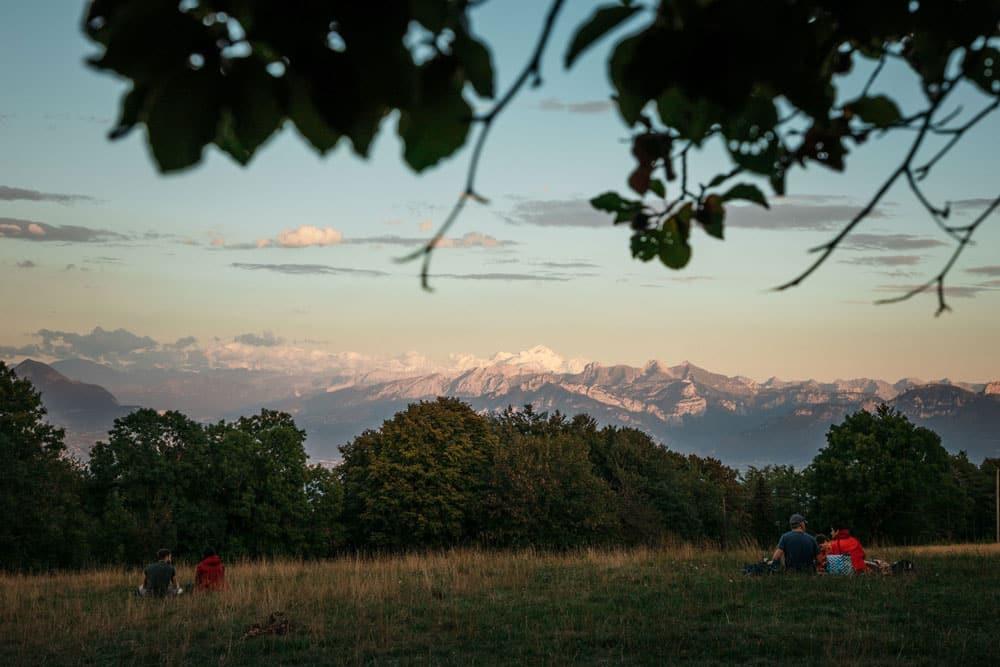 voir le Mont Blanc depuis Genève alentours Salève