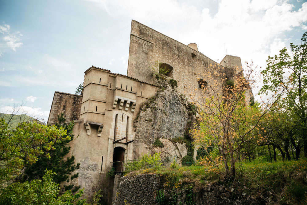 balade insolite à pied Citadelle Entrevaux Verdon