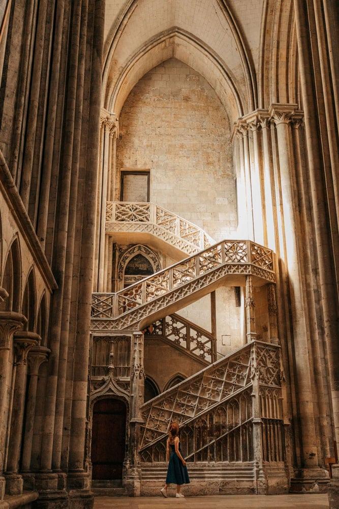 escalier cathédrale Rouen Harry Potter