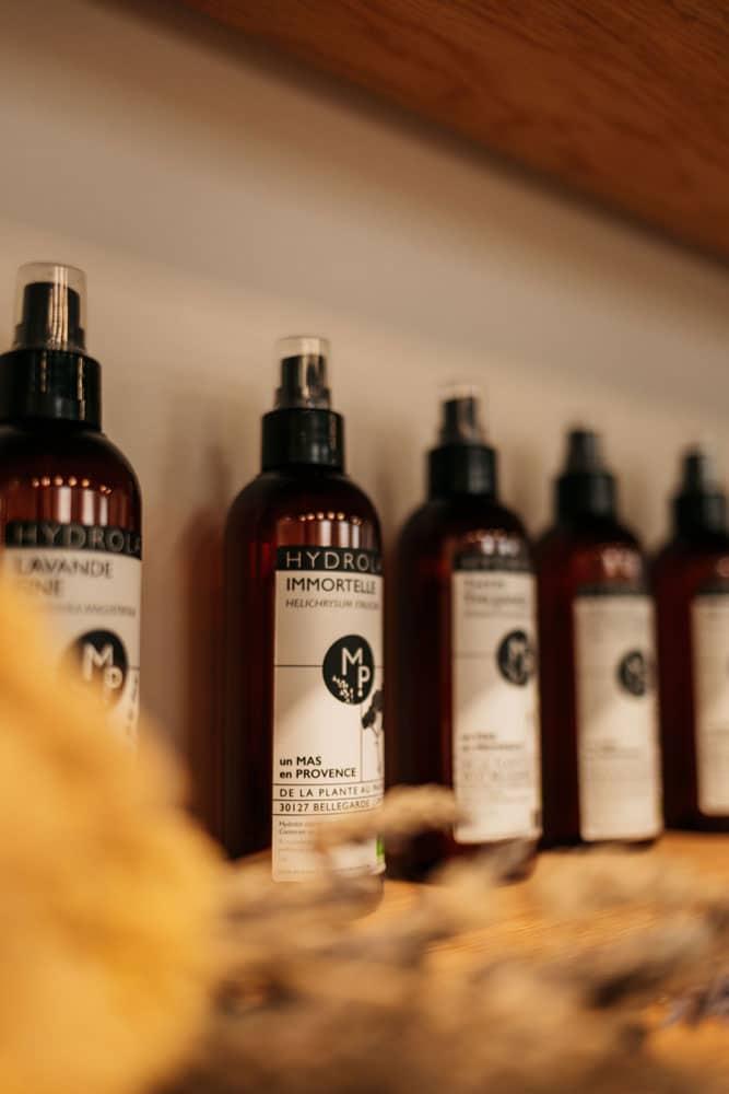 huiles essentielles bio et hydrolats fabriques en Provence