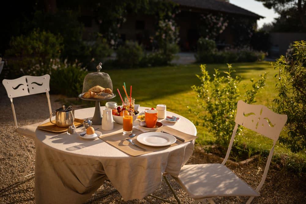 meilleur petit déjeuner hôtel Beaucaire