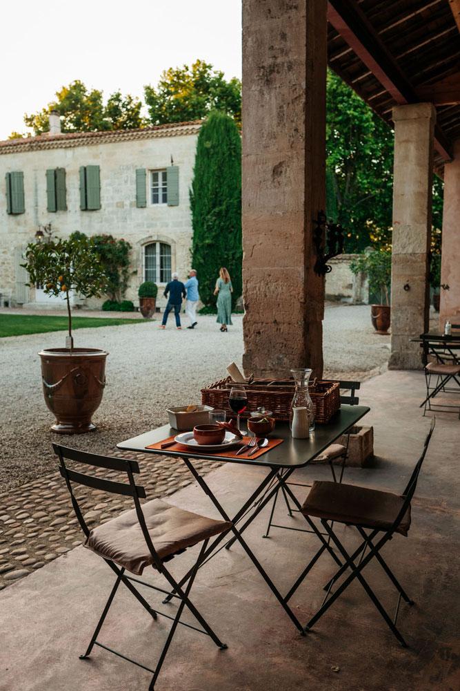 où manger à Beaucaire avec jardins